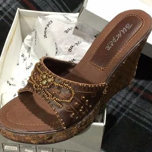 Shoes - NEW IN ORIGINAL BOX SANDALS
